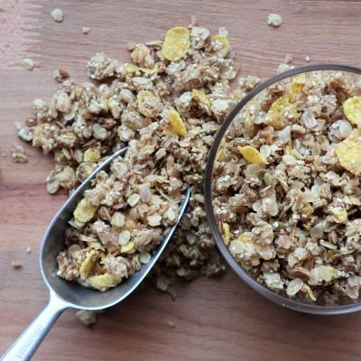 Granola χωρίς ζάχαρη με μέλι και κανέλα
